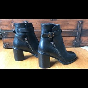 Anthropologie Area forte fur lined leather booties